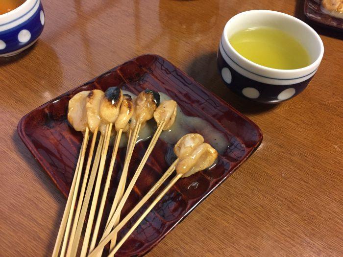京都今宮神社のあぶり餅2軒食べ比べ。違いはあったよ!自宅で再現してみました。【かざりや、一和】