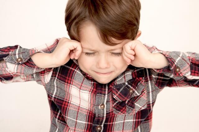 【体験談】子供のチックは治る?まばたきの増えた小学生の息子への対応。
